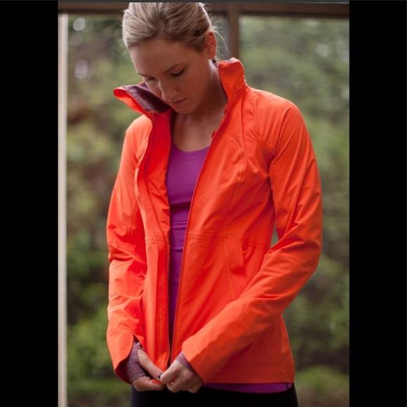 lululemon athletica Jackets & Blazers - Lululemon Orange Run In The Rain Jacket Size 2